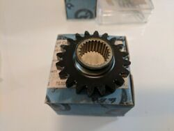 Pratt And Whitney Gear Spur 152167 3020-00-474-3015 Reciprocating Engines