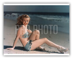 Young Marilyn Monroe 1940 Sits On Sand Poses In Sexy Bikini Rare Us Press Photo