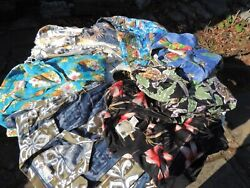 Lot Of Vintage Men's Short Sleeve Hawaiian Shirts Different Sizes And Makers