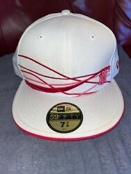 New York Yankee Red size 7 38 urban 14 RD738 lightly used.