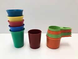 Tupperware Vintage Measuring Cup Set And 12 Oz Colored Drinking Cups Tumblers