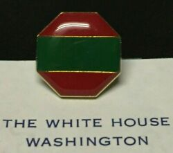 Barack Obama -- Impossible-to-obtain Presidential Guest Pin -- White House-issue