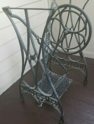 Ornate Vintage White Sm Co. Sewing Machine Cast Iron Legs Industrial Steampunk