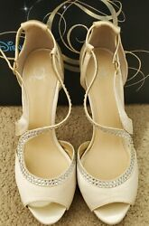 Disney Limited The Glass Slipper Collection Shoes Color Ivory 9.5m Us
