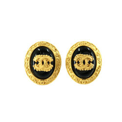 Cc Logos Oval Type Earrings Black Gold 96a Vintage Accessory 90120592