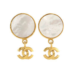 Swing Earrings Coco Logos Shell Gold 95a Vintage Accessory 90121470