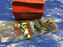 Vintage Toyota Vehicle 1970and039s-80and039s Wheel Cylinder Kit Nos 04474-60010
