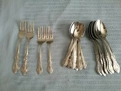 25 Pieces Wm Rogers And Sons Stainless Made In China
