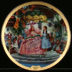 The Wizard Of Oz Collectors Plate Signed By Seven Munchkins / Autographed