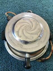 Antique General Electric Hotpoint Waffle Iron Maker Vintage Round Model 149y158