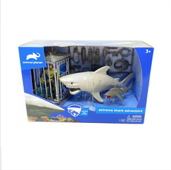 Animal Planet EXTREME SHARK ADVENTURE PLAYSET Cage Great White Tiger Diver