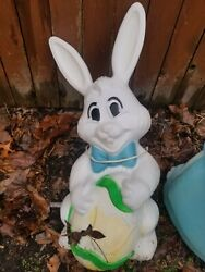 Vintage Sun Hill White Easter Bunny Lighted Blow Mold Yard Decor 27 Tall