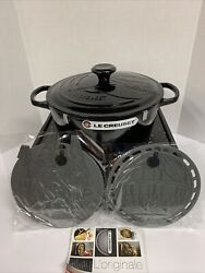 Le Creuset Star Wars Round Dutch Oven Darth Vader And 2 Silicone Trivets Rare New