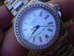 Ladies Dive 200m/660ft Mother Of Pearl Dial Diamond Bezel W/46 Diamonds