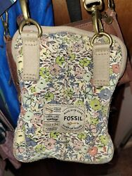 Fossil small canvas cross bag vintage issue $31.00