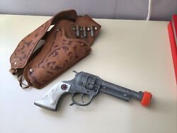 Vintage Hubley Texan Jr Toy Cap Gun And Leather Holster