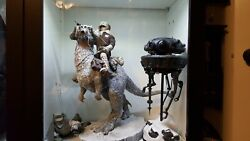 Sideshow Collectibles 1/6 Scale Deluxe Tauntaun With Luke, Han, And Probe Droid