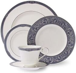 Royal Doulton China Bryon Five Piece Place Setting - Discontinued