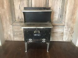 Vintage 1930's Empire Ware Childrens Toy Oven