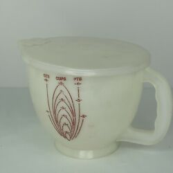 Vintage Tupperware Mix N Store 8 Cup 2 Qt Measuring Bowl Pitcher With Lid