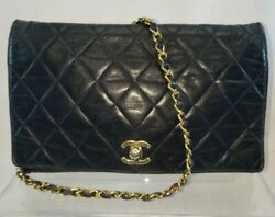 Classic 10 Black Quilted Leather Flap Bag With Single Chain Turn Lock