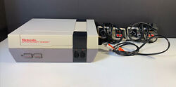 Original Nintendo Nes-001 Entertainment Console And Controllers As Is Parts/repair