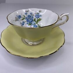 1970s Royal Albert Milady Series Footed Tea Cup And Saucer Blue Daisy On Yellow
