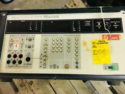 Fluke 5102a Voltage Calibrator For Parts Or Repair