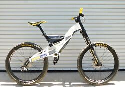 2007 Gt Racing Dhi Team Issue Downhill Bike 26andrdquo Full Suspension Almost Complete
