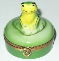 Limoges France Box Castel Frog On A Lily Pad Toad Peint Main