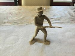 Cowboy Shooting Rifle Marx Plastic Figure - 6 Inch - Louis Marx And Co - 1964