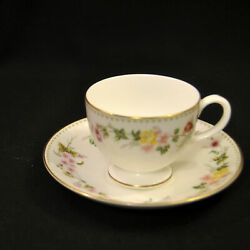 Wedgwood Cup And Saucer Multicolor Floral Garland R4537 Mirabelle Gold 1976-1998