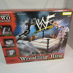 1998 Wwf Jakks Pacific World Wrestling Federation Ring With Twin Catapults New