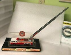 Code 3 New York Fire Dept. Fdny Ladder 150 Seagrave Diecast Fire Truck 1/64