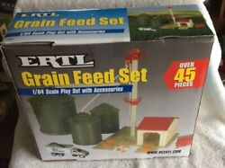 Ertl Feed And Grain Set 45 Piece In 1/64 Scale Plastic Farm Toys