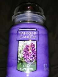 Yankee Candle LILAC BLOSSOMS Large 22oz Jar candle Purple Lilacs Floral NEW