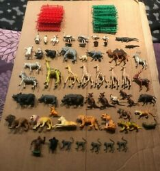 Lot Vintage 1970's Zoo Animals + Fencing Plastic Hong Kong 88pcs Great Cond.