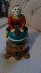 Rare Vintage 1800s/1900s Cast Iron Spinning Clown Mechanical Bank