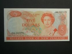 1981 1st Issue V. Low No. 5 Crisp And039uncand039 Hardie New Zealand Banknote