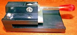 Tabletop Photo Die Cutter For Key Chains - 110 Key Chains Included 1 3/8 X 1 3/4