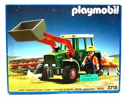Playmobil 3718 New In Box Farm Tractor And Man And Chickens W/ Plow And Scoop New Box