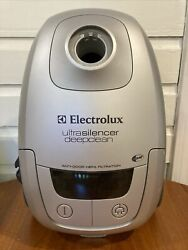 Electrolux Ultrasilencer El7060 Type A Deep Clean Vacuum Cleaner Canister Only