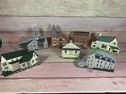 Cats Meow / Hometown Collectibles And Shelia's - Lot Of 7 - Vintage Buildings
