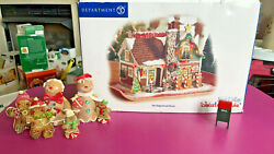 Dept 56 Snow Village Gingerbread House Christmas Lane With Cute Extras