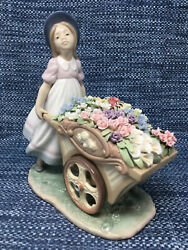 Lladro 6521 Loves Tender Tokens Girl With Flower Cart Large Excellent