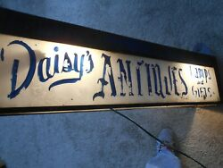 Daiseyand039s Antiques-lamps And Gifts-lighted Steel Box Sign