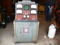 Vintage Sun 820 Engine Analyzer Tester With Alot Of Parts