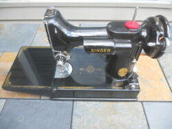 Singer Featherweight 1947 221-1 Sewing Machine W/case And Attachments One Owner