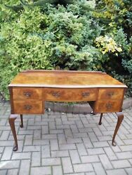 English Antique Burl Walnut 1930s Queen Anne Style Dressing Table Desk