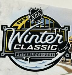 Pittsburgh Penguins 2011 Winter Classic Pennant Pens V Caps Heinz Field Nwt